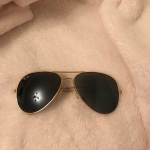 Rayban aviator sunglasses. women's. gold frame.